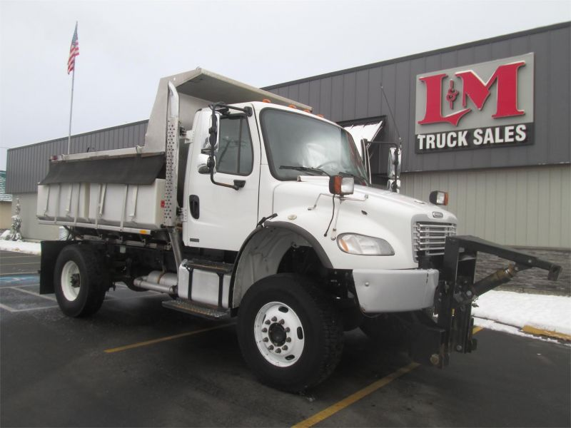 2011 FREIGHTLINER BUSINESS CLASS M2 106 - L&M TRUCK SALES