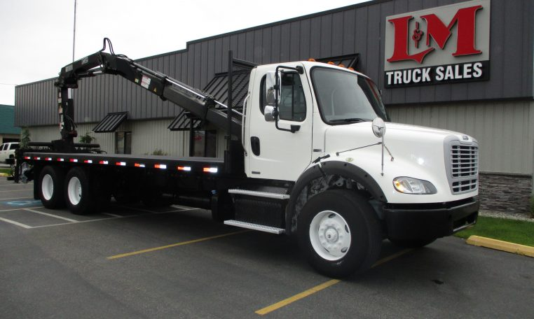 Thumbnail : 2011 FREIGHTLINER M2-106 5881-BOOM-ON-BED-762x456