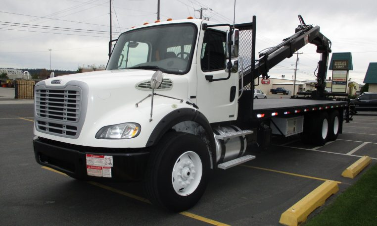 Thumbnail : 2011 FREIGHTLINER M2-106 5881-LEFT-SIDE-BOOM-OM-BED-762x456