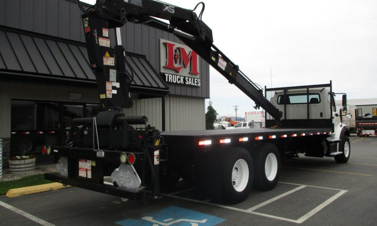 Thumbnail : 2011 FREIGHTLINER M2-106 5881-REAR-BOOM-ON-BED-762x456