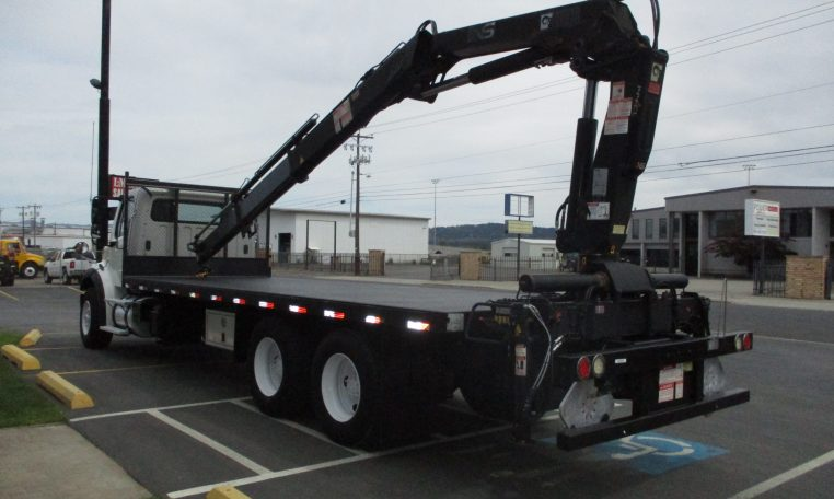 Thumbnail : 2011 FREIGHTLINER M2-106 5881-REAR-LEFT-SIDE-BOOM-ON-BED-762x456