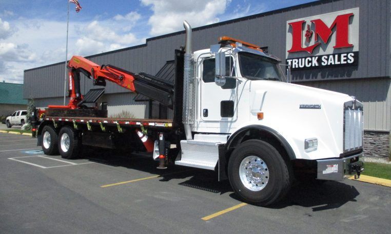 Thumbnail : 2015 KENWORTH T800 5893-BOOM-ON-BED-762x456