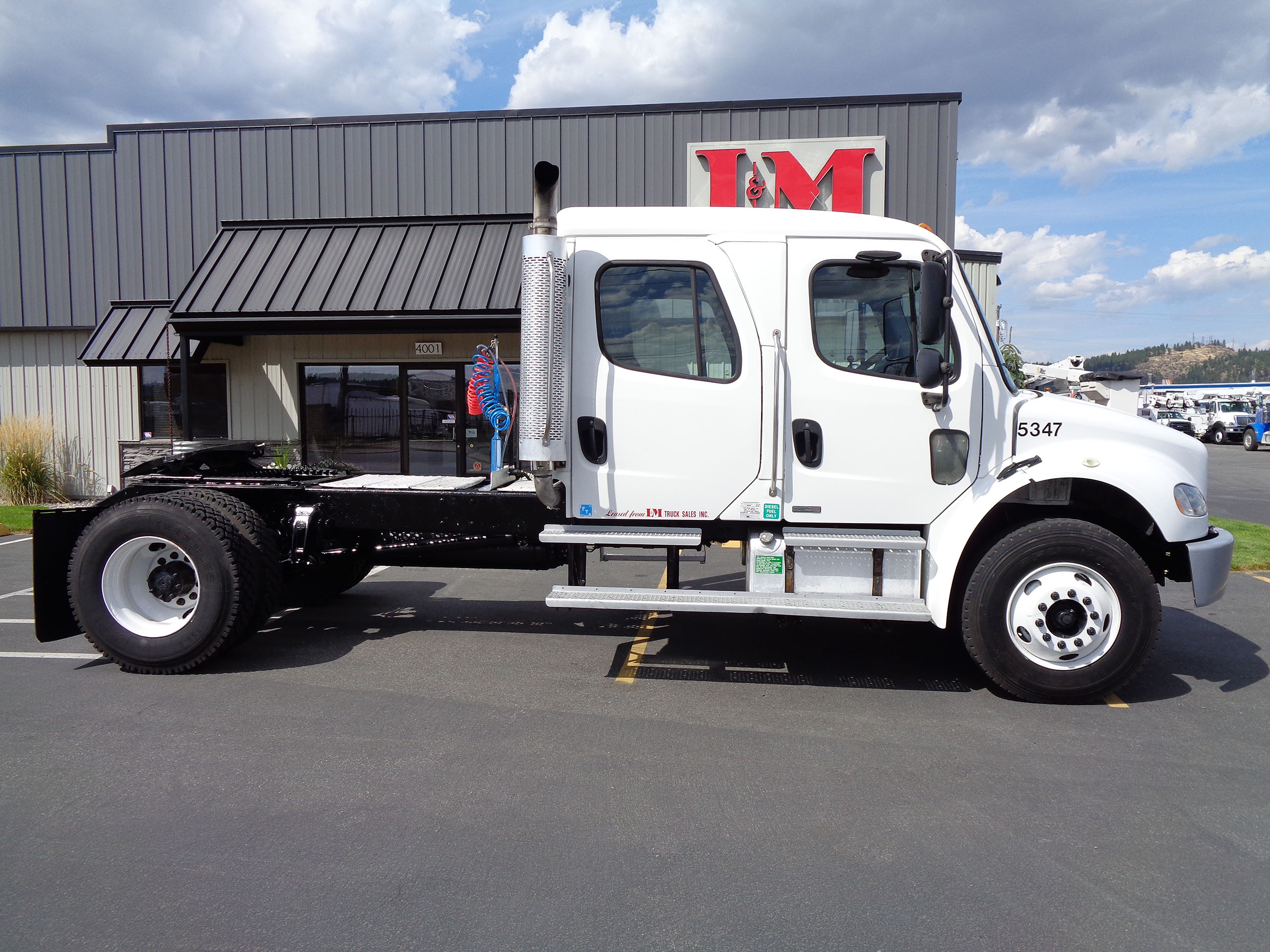 2005 FREIGHTLINER M2-106 5347-SIDE-VIEW