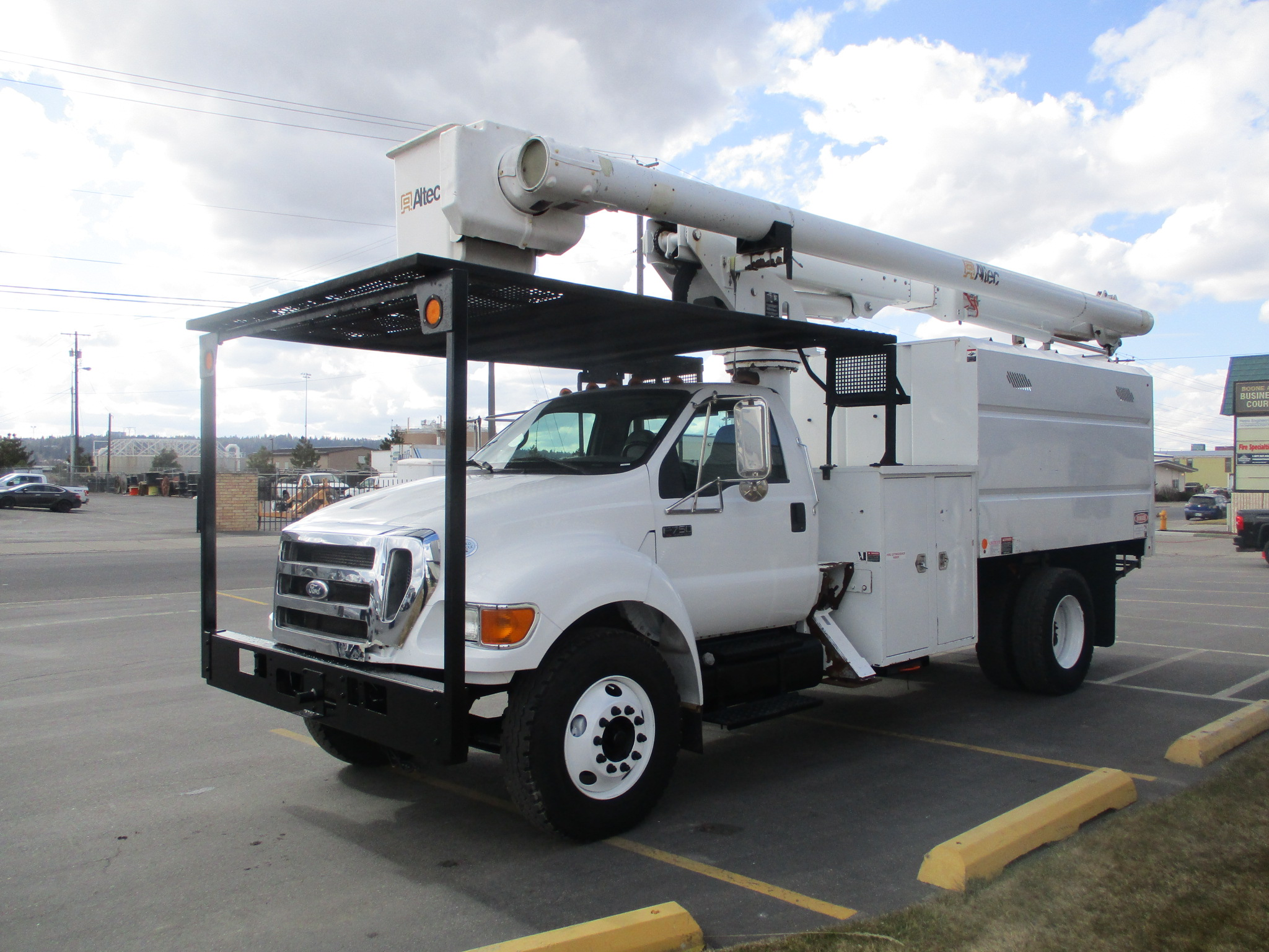 2011 ALTEC LRV-55 6012-LEFT-SIDE-1